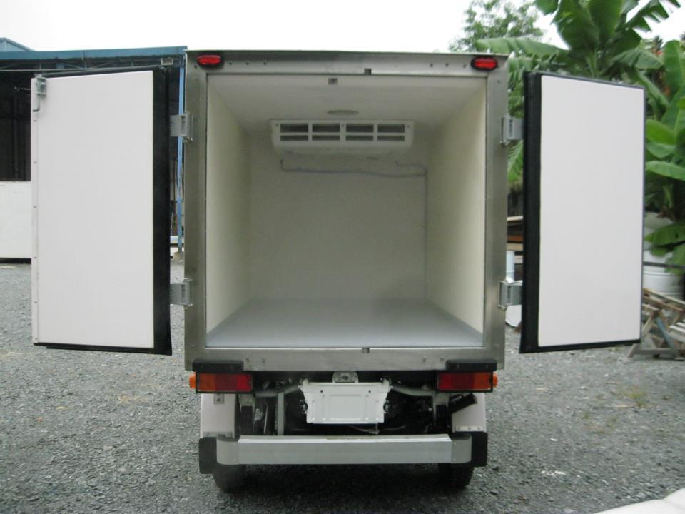 Xe tải Suzuki Pro 750kg Thùng Đông Lạnh