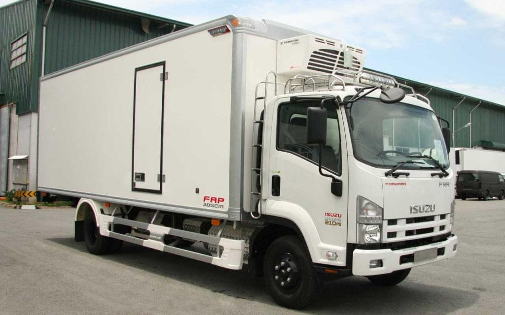 Xe tải ISUZU 6.2 tấn thùng đông lạnh FRR90N