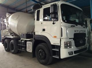 Xe Bồn Trộn Bê Tông Hyundai