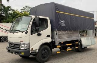 Xe tải Hino 3.5 tấn XZU352L - Nhập Khẩu 2021